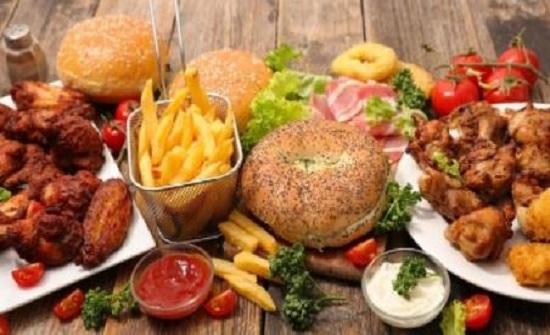 7 أطعمة تزيد احتمالية الإصابة بالتهاب المفاصل