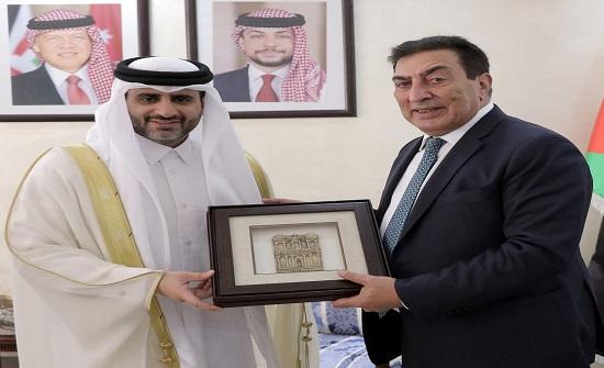 الطراونة يستقبل رئيس ديوان المحاسبة القطري ويشيد بمستوى العلاقة بين البلدين