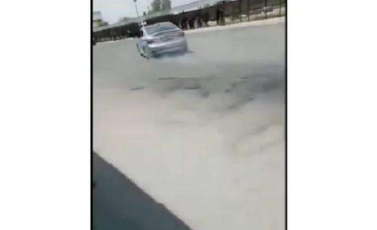 """بالفيديو : ضبط سائق متهور دهس فتاة امام """" الهاشمية """" اثناء التفحيط"""