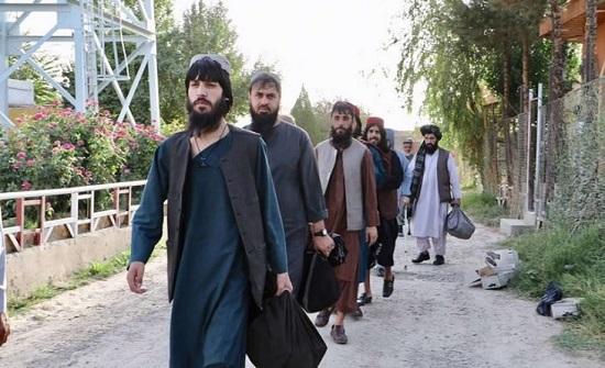 تقرير: طالبان تؤيد ترامب في السباق الرئاسي الأمريكي