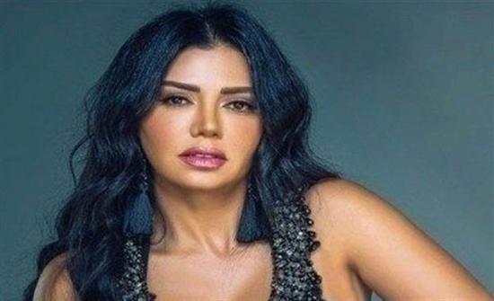 بفستان محتشم.. رانيا يوسف في أول يوم تصوير لفيلمها الجديد