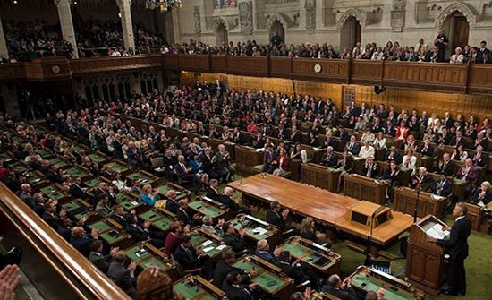 البرلمان البريطاني يستأنف جلساته