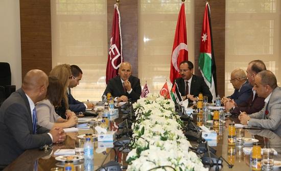 """السفير التركي من """"الشرق الأوسط"""": الأردن يمتلك المعادلة الصحيحة لمعالجة أزمات المنطقة"""