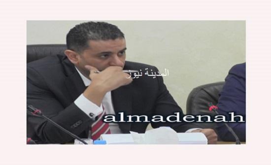 الاستثمار النيابية وتجارة عمان تبحثان تحديات القطاع التجاري