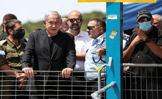 بالفيديو : نتنياهو يزور مكان الحادث وسط احتجاجات.. نحو 200 قتيل وجريح في تدافع باحتفال ديني يهودي بإسرائيل