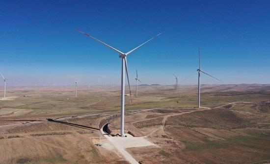 أيميا باور الإماراتية تعلن عن بدء التشغيل لإنتاج الكهرباء من محطتيها في الأردن