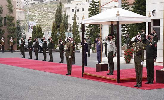 الملك: فخور أن أكون جزءاً من قصة الجيش العربي .. بالفيديو