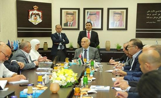 الأمير الحسن يزور صندوق المعونة الوطنية