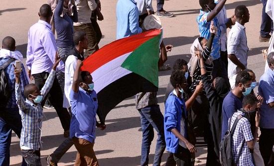 البرلمان العربي يُطالب برفع اسم السودان من قائمة الدول الراعية للإرها