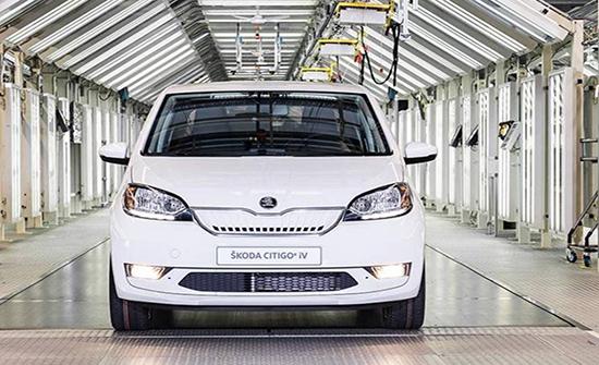 «سكودا» تدخل عصر السيارات الكهربائية بـ«سيتيغو» و«سوبيرب»