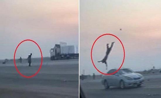 بالفيديو: مشاجرة تنتهي بحادث دهس مروع في مكة والضحية يطير في الهواء
