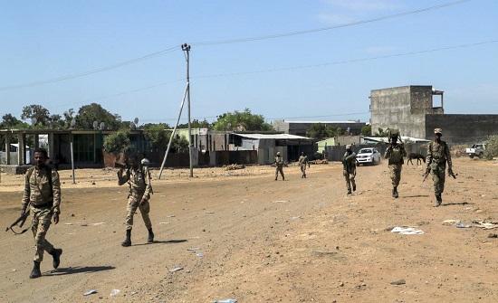 إثيوبيا تعتقل 76 ضابطا في الجيش على صلة بجبهة تيغراي