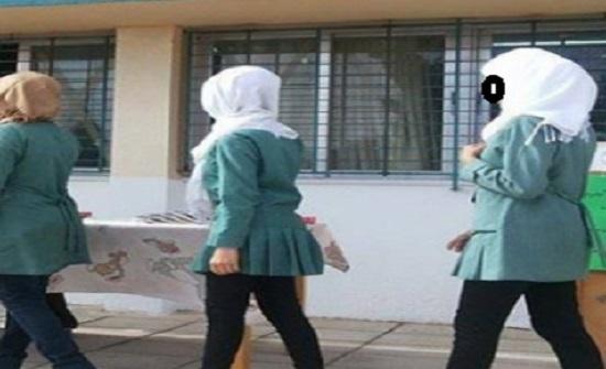 جرش : متسكع يخلع ملابسه أمام مدرسة بنات