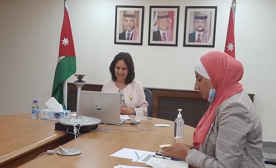 متخصصون من الأردن وهولندا يناقشون سبل التوسع باستخدام النقل الكهربائي