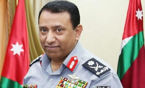 مدير الأمن العام يتجول في وسط البلد