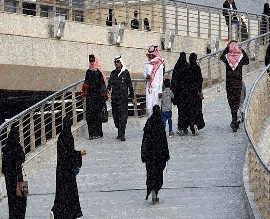 مقطع فيديو عن السماح بالمواعدة بين الجنسين في السعودية يثير جدلًا واسعًا