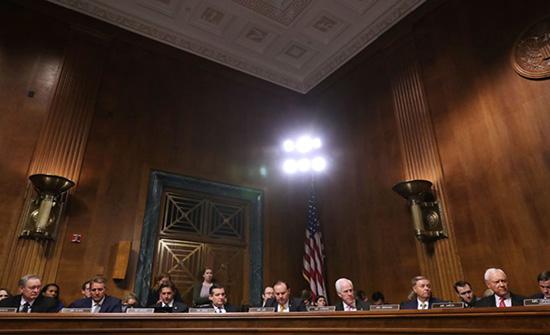 """أعضاء بالشيوخ الأمريكي يطالبون بالتراجع عن """"مغربية الصحراء"""""""
