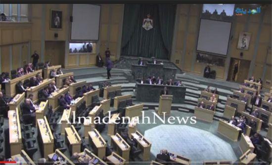 مشادة بين النائبين ابوحسان والحراسيس تفض اجتماع المجلس بالخصاونة