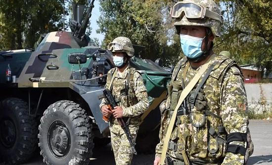 النزاع بين قرغيزستان وطاجيكسان.. أنباء عن بدء سحب القوات من الحدود وروسيا تدعو البلدين للتفاوض