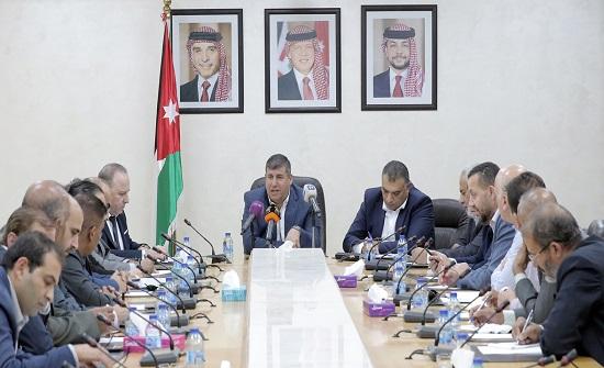لجنة فلسطين النيابية تلتقي رؤساء اتحاد العاملين بالأونروا