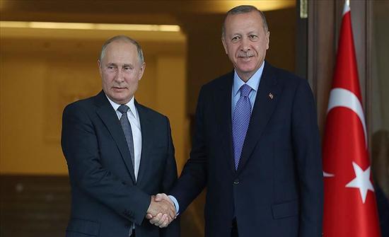 أردوغان يبحث هاتفيا مع بوتين المستجدات في سوريا وليبيا