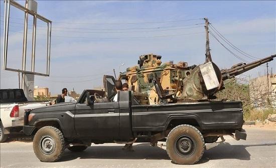 """ليبيا.. ميليشيا حفتر تتلقى """"ضربات ثقيلة"""" بقاعدة الوطية"""