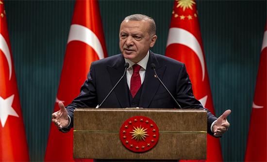 """أردوغان: تصريح ماكرون عن الإسلام """"استفزاز ويفتقد الاحترام"""""""