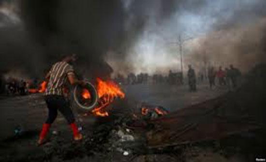 بالفيديو : مقتل متظاهر وإصابة آخرين في النجف