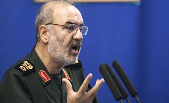 """""""ترقبوا صفعة قوية"""".. قائد الحرس الثوري الإيراني يهدد """"الأمريكيين وأذنابهم"""" باستهداف مصالحهم"""
