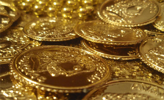 لليوم الثالث.. أسعار الذهب تنحدر من أعلى مستوى تاريخي