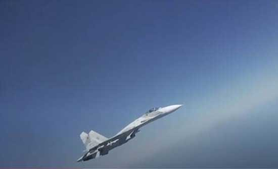 مقاتلتان روسيتان ترافقان طائرتي استطلاع أمريكيتين فوق البحر الأسود