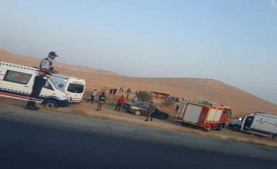 بالصور : 27 إصابة اثر حادث تدهور حافلة في المفرق