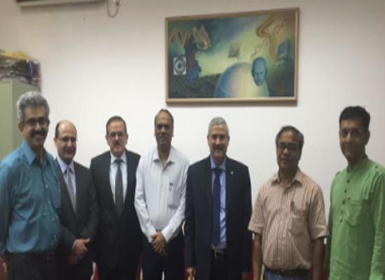 رئيس جامعة الاميرة سمية للتكنولوجيا يبحث سبل التعاون مع المعهد الهندي للتكنولوجيا