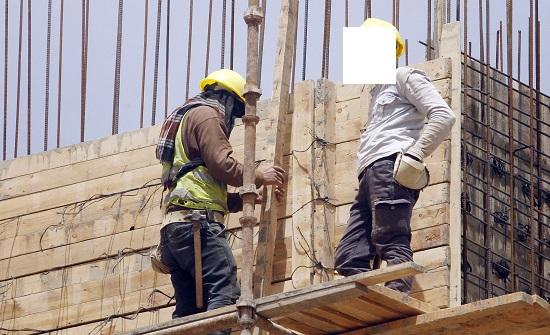 رفع الحد الأدنى للأجور.. هل سيؤمّن حياة كريمة للأردنيين؟