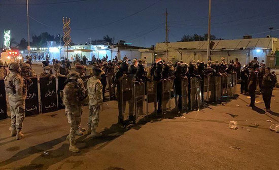 العراق.. قوات الأمن تقتحم ساحتين لاعتصام المحتجين ببغداد