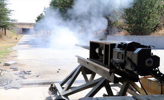 الجيش التركي يستعرض قدرات مدفع جديد مضاد للطائرات .. بالفيديو