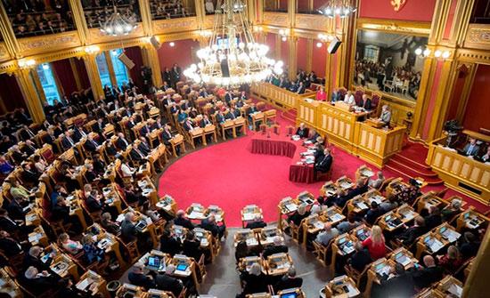 البرلمان البريطاني يرفض مقترح جونسون إجراء انتخابات مبكرة منتصف الشهر المقبل