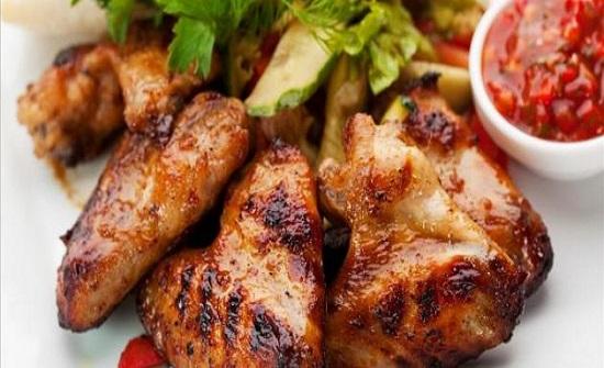 رقاب وأجنحة الدجاج تسبب أمراضاً خطيرة للنساء