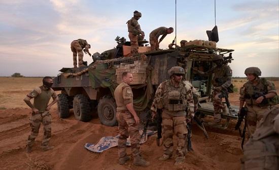 مقتل جنديين فرنسيين وإصابة ثالث بهجوم في مالي