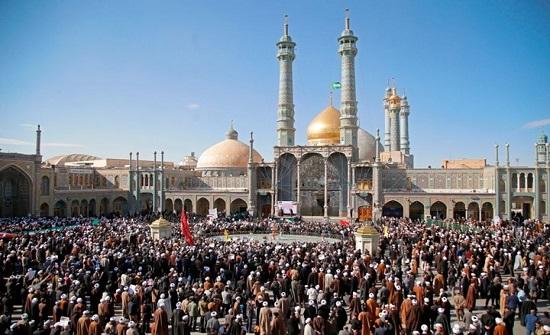 لهذه الأسباب فقدت المؤسسة الدينية أهميتها بإيران