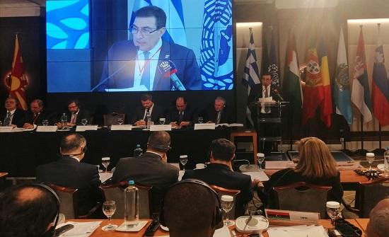 الطراونة يدعو من اليونان برلمانات المتوسط للتمسك بحل الدولتين ورفض أي تسوية تهضم الحق الفلسطيني