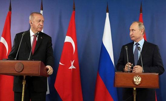 أردوغان يؤكد لبوتين ضرورة كبح جماح النظام السوري بإدلب