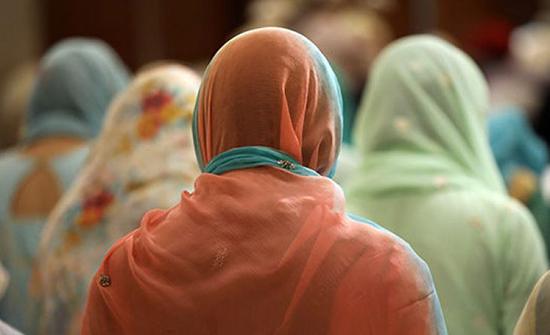 فعاليات تضامن مع المسلمات في 25 مدينة ألمانية وهولندية