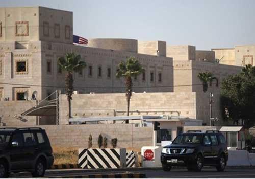 سفارة أمريكا في عمان تستأنف خدمات التأشيرات لغير المهاجرين