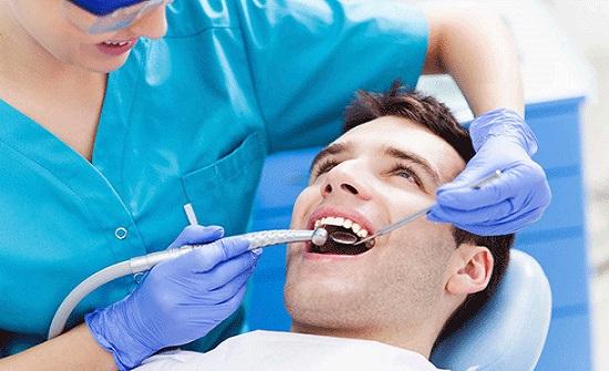 مركز صحي عمان الشامل يقيم يوما علميا لاطباء الاسنان