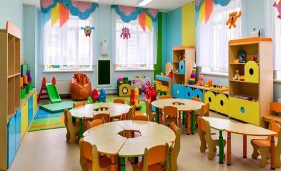 الرزاز : قريبا سيكون الأردن الأول عربيا في الزامية رياض الأطفال بالتعليم