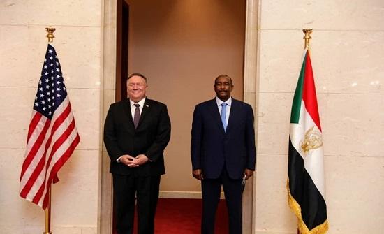 بومبيو يوقع على أمر شطب السودان من قائمة الإرهاب (فيديو)