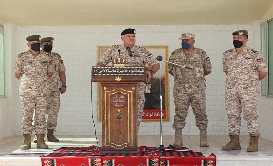 رئيس هيئة الأركان المشتركة يزور لواء الأميرة عالية الآلي/48