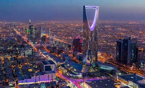 ضبط عمالة وافدة تحول فيلا سكنية إلى مطعم في السعودية ..وتحضير الأطعمة في دورات المياه!