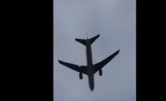 فيديو يوثق لحظات مرعبة لطائرة ركاب إسرائيلية